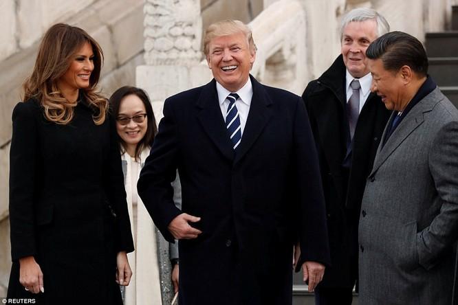 Trung Quốc trải thảm đỏ và 'núi thỏa thuận' 250 tỷ USD đón ông Trump ảnh 11