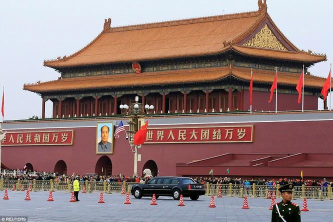 Trung Quốc trải thảm đỏ và 'núi thỏa thuận' 250 tỷ USD đón ông Trump ảnh 3