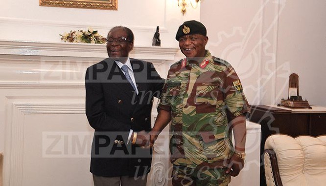 Tổng thống Zimbabwe Mugabe tươi cười xuất hiện trước báo chí ảnh 1