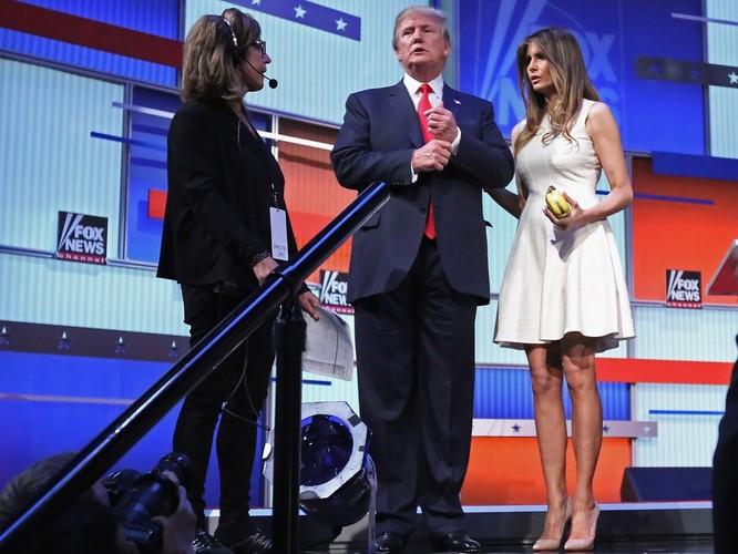 Melania Trump: Từ siêu mẫu thời trang đến đệ nhất phu nhân nước Mỹ ảnh 9