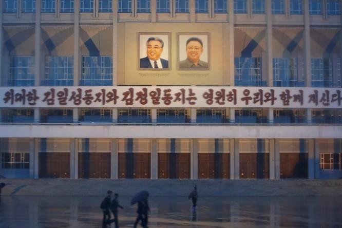Sửng sốt với những công trình kỳ vĩ của Triều Tiên ảnh 14