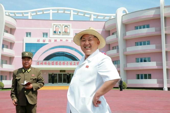 Sửng sốt với những công trình kỳ vĩ của Triều Tiên ảnh 24