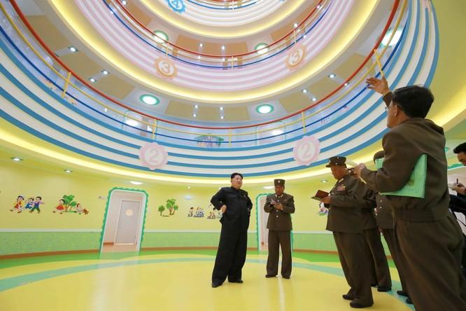 Sửng sốt với những công trình kỳ vĩ của Triều Tiên ảnh 25