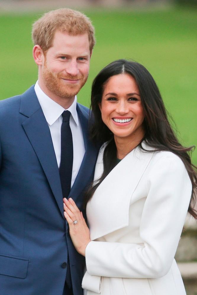 Hoàng gia Anh với những chiếc nhẫn đính hôn theo dòng lịch sử ảnh 13