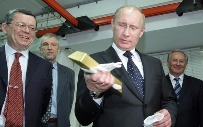 """Mỹ, Anh đã hết thời: Ba nước Nga, Trung, Ấn mới """"bá chủ"""" giá vàng thế giới ảnh 1"""