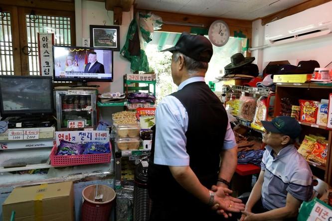 Cận cảnh Bàn Môn Điếm - Nơi mặt đối mặt giữa hai miền Triều Tiên ảnh 11