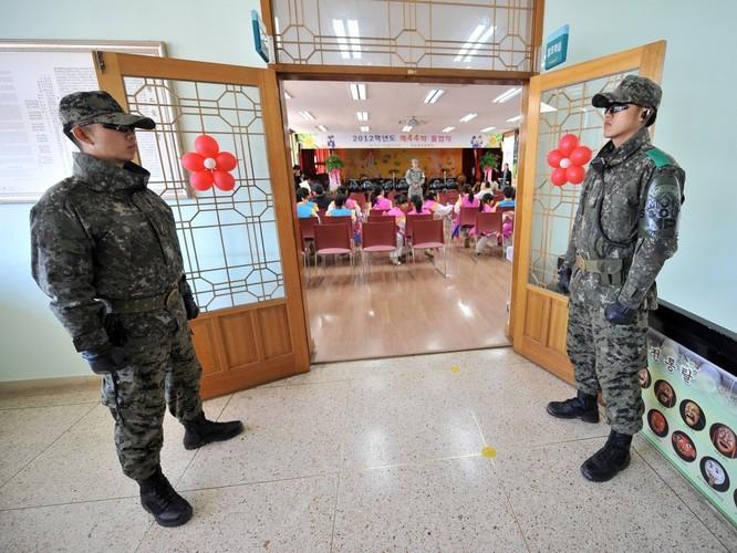 Cận cảnh Bàn Môn Điếm - Nơi mặt đối mặt giữa hai miền Triều Tiên ảnh 12