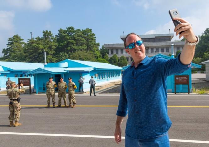 Cận cảnh Bàn Môn Điếm - Nơi mặt đối mặt giữa hai miền Triều Tiên ảnh 18