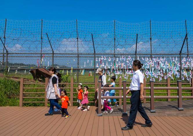 Cận cảnh Bàn Môn Điếm - Nơi mặt đối mặt giữa hai miền Triều Tiên ảnh 28