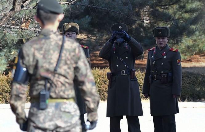 Cận cảnh Bàn Môn Điếm - Nơi mặt đối mặt giữa hai miền Triều Tiên ảnh 30