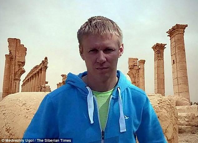 Viên phi công 33 tuổi đã bị khủng bố tấn công khi bay trên vùng trời của tỉnh Idlib, Syria.