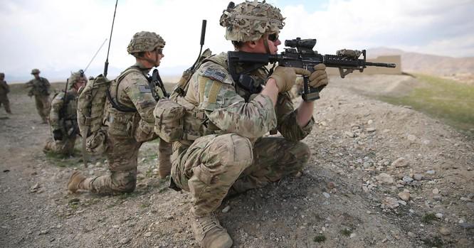 Lính Mỹ đang hiện diện quân sự trái phép tại Syria.