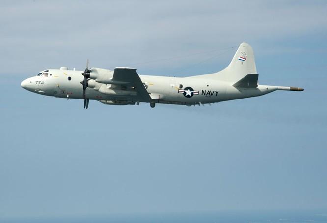 Máy bay tuần tra hải quân P-3 Poseidon của Mỹ.