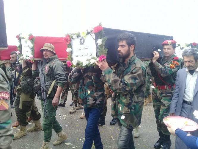 10 lính tinh nhuệ của quân đội chính phủ Syria tử thương trong vụ không kích của Mỹ tại Deir Ezzor.