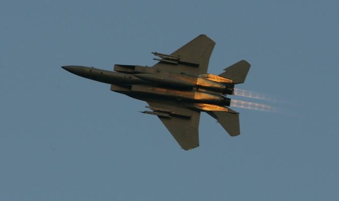 Máy bay F-15 được Mỹ triển khai để ngăn chặn không lực Nga tại Syria.