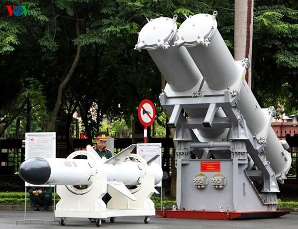 Tên lửa chống hạm dựa trên nguyên mẫu 3M24 Uran của Nga.