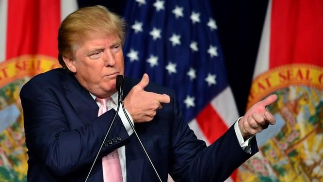 Ông Donald Trump trong sự kiện thường niên của NRA.