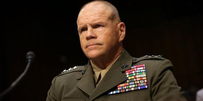 Tướng Robert Neller tư lệnh thủy quân lục chiến Mỹ.