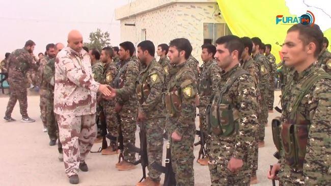 Mỹ đang chống lưng cho lực lượng SDF người Kurd tại Syria.