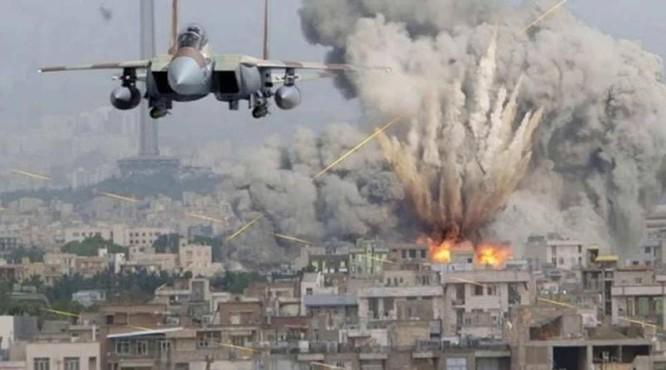 Máy bay Mỹ không kích tại Deir Ezzor.