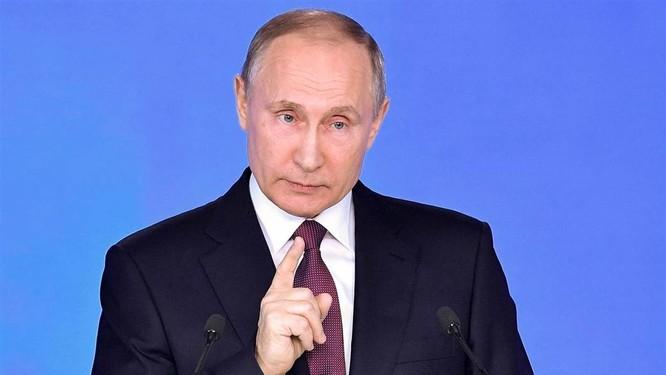Tổng thống Putin phát biểu ngày 1.3 trước Quốc hội Nga, giới thiệu một loạt các loại vũ khí mới.