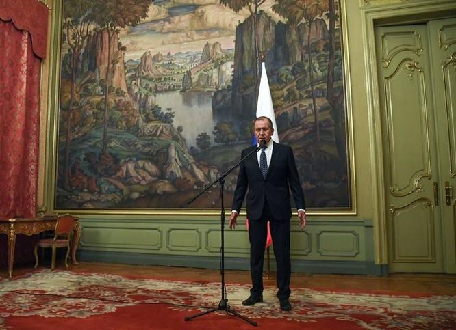 Ông Lavrov kêu gọi một cuộc gặp với Tổ chức cấm sử dụng vũ khí hóa học để làm rõ sự thật.