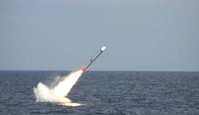 """Liên quân Mỹ phóng tên lửa """"đánh hội đồng"""" Syria: Rút cũng dở, ở không thắng ảnh 1"""