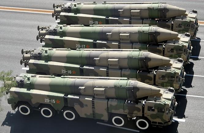 """Trung Quốc kéo tên lửa xuống Biển Đông """"chạm dây thần kinh"""" Úc ảnh 1"""