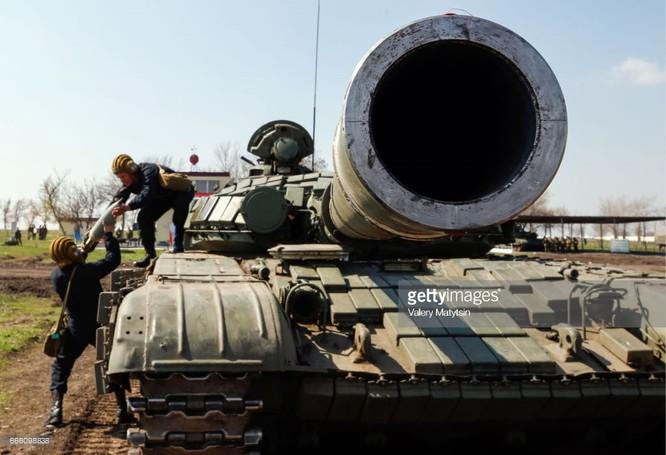 Ukraine ớn Nga thổi bùng lửa chiến ở Donbass ảnh 5