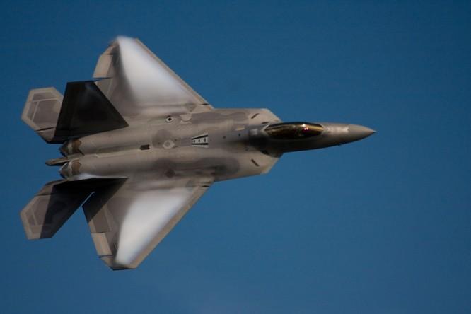 """""""Bảo bối"""" Nga có thể hạ gục chiến đấu cơ F-22, F-35 Mỹ ảnh 1"""