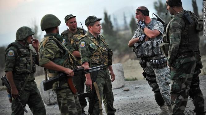 Ván đấu siêu cường: Mỹ - Nga tranh hùng tại Syria, Ukraine ảnh 2