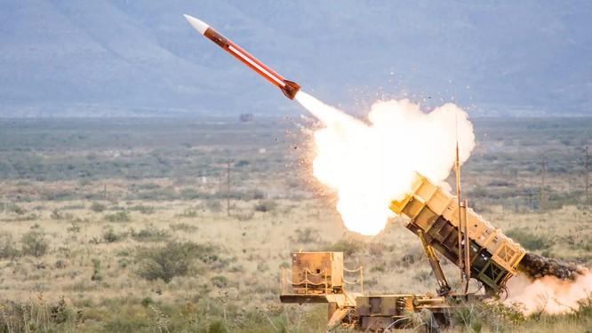 Hàng loạt Tomahawk Mỹ bị hạ tại Syria, S-400 khiến Mỹ-phương Tây lo sốt vó ảnh 2