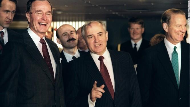 """Nga """"nổi xung"""" với Mỹ-NATO vì đâu ảnh 1"""
