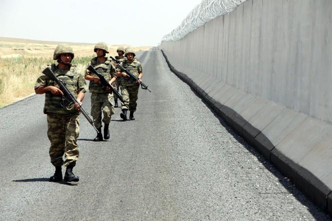 Trận đại chiến cuối cùng tại Syria trước giờ G: Mỹ, Nga, Thổ Nhĩ Kỳ ráo riết dàn binh ảnh 1