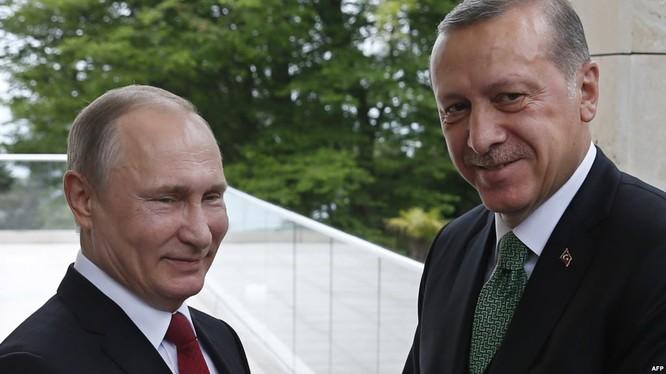 """Thảm kịch IL-20 Nga và """"trò chơi vương quyền"""" tại Syria ảnh 1"""