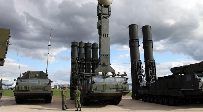"""S-300 Nga """"cấm bay"""" Syria: toan tính của Moscow ảnh 1"""