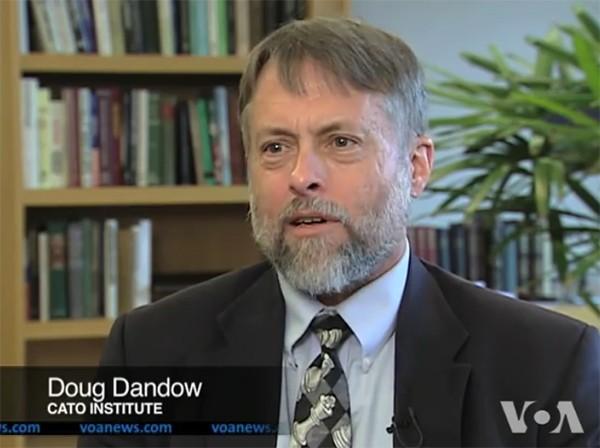 Ông Doug Bandow, cựu trợ lý đặc biệt của Tổng thống Hoa Kỳ Ronald Reagan.