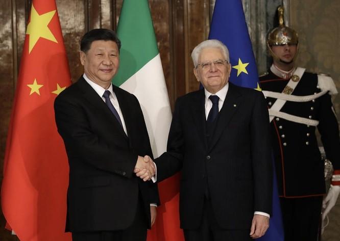 """Bị khó khăn kinh tế """"bủa vây"""", EU có hướng về phía Trung Quốc? ảnh 1"""