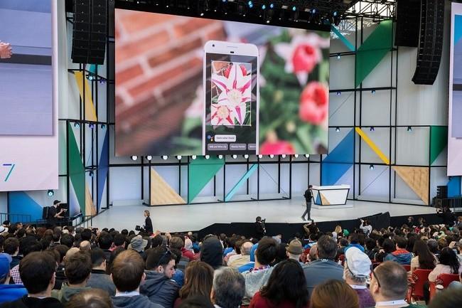 """Apple nên """"dè chừng"""" với Google! ảnh 2"""