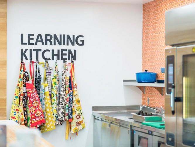 Trụ sở 67 tỷ USD của Adobe -- nơi nhân viên có thể tập Gym và học nấu ăn ảnh 8