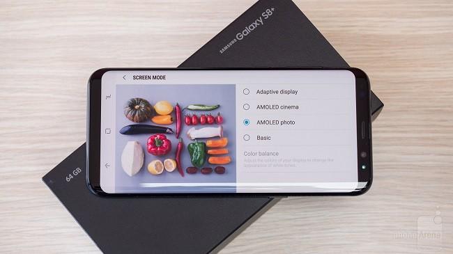 5 mẫu điện thoại không viền xuất sắc nhất ảnh 3