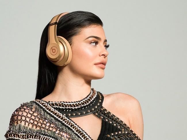 Apple vừa tung ra bộ đôi tai nghe Beats với giá $600 ảnh 1
