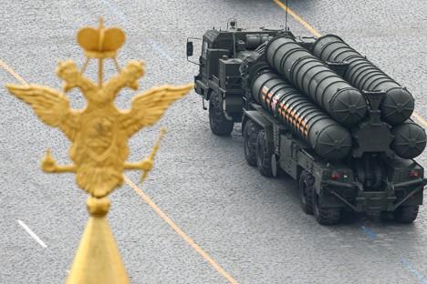 Tên lửa S-500 của Nga sẽ kế thừa và phát huy các ưu điểm của S-300 và S-500