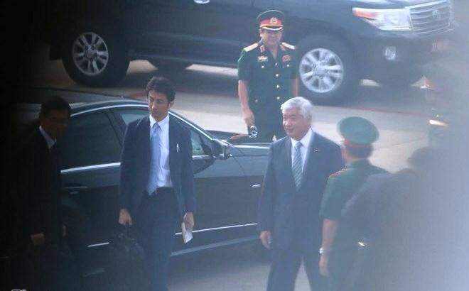 Bộ trưởng Quốc phòng Nhật Bản trong một lần bất ngờ thăm quân cảng Cam Ranh (ảnh tư liệu Zing.vn)