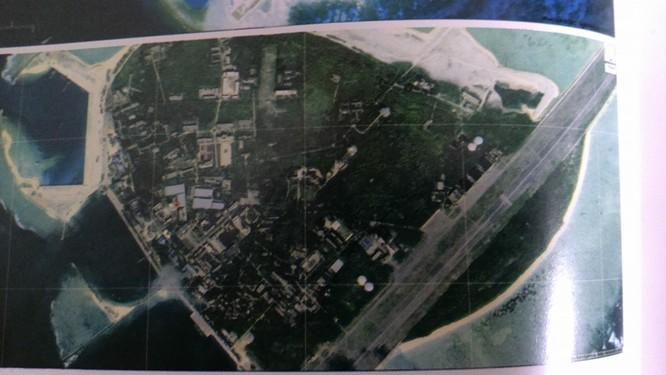 Đảo Phú Lâm nhìn từ trên cao (ảnh do vệ tinh tình báo Mỹ chụp)