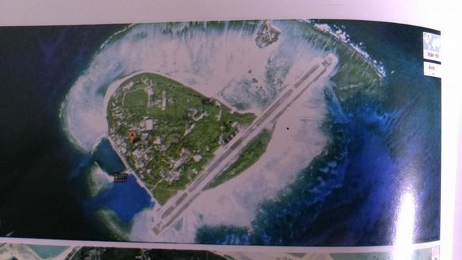 Đảo Phú Lâm nhìn từ vệ tinh tình báo của Mỹ.