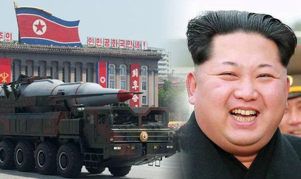Ông Kim Jong sẽ chuyển dịch trọng tâm đầu tư cho quân sự sang hoạch định chính sách kinh tế để phát triển đất nước?
