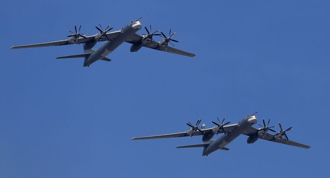 Oanh tạc cơ Tu-95MS sẽ được trang bị tên lửa hành trình tầm xa ảnh 1