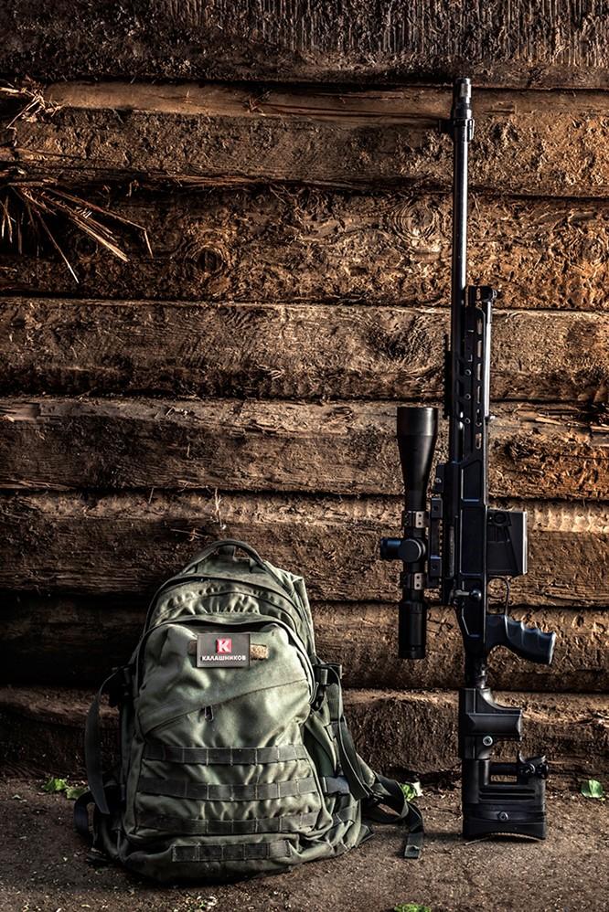 Cảm nhận sẽ có tiền, Kalashnikov bắt đầu bước chân vào thị trường thời trang ảnh 2