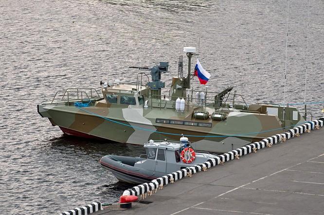 Hải quân Nga sẽ được trang bị thêm tàu tuần tra cao tốc Raptor ảnh 1